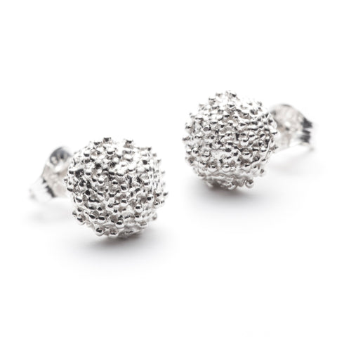 Océan polished stud earrings