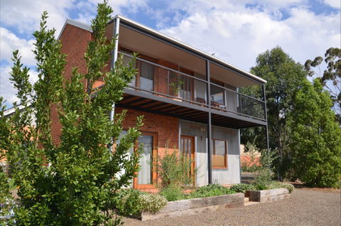 Wicked Villa accommodation Rutherglen North East Victoria