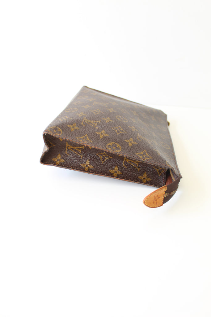 Louis Vuitton Clutch 26 Pouch