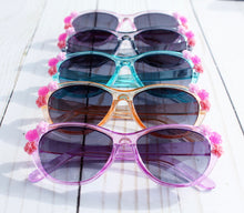 Load image into Gallery viewer, Translucent Flower Sunnies