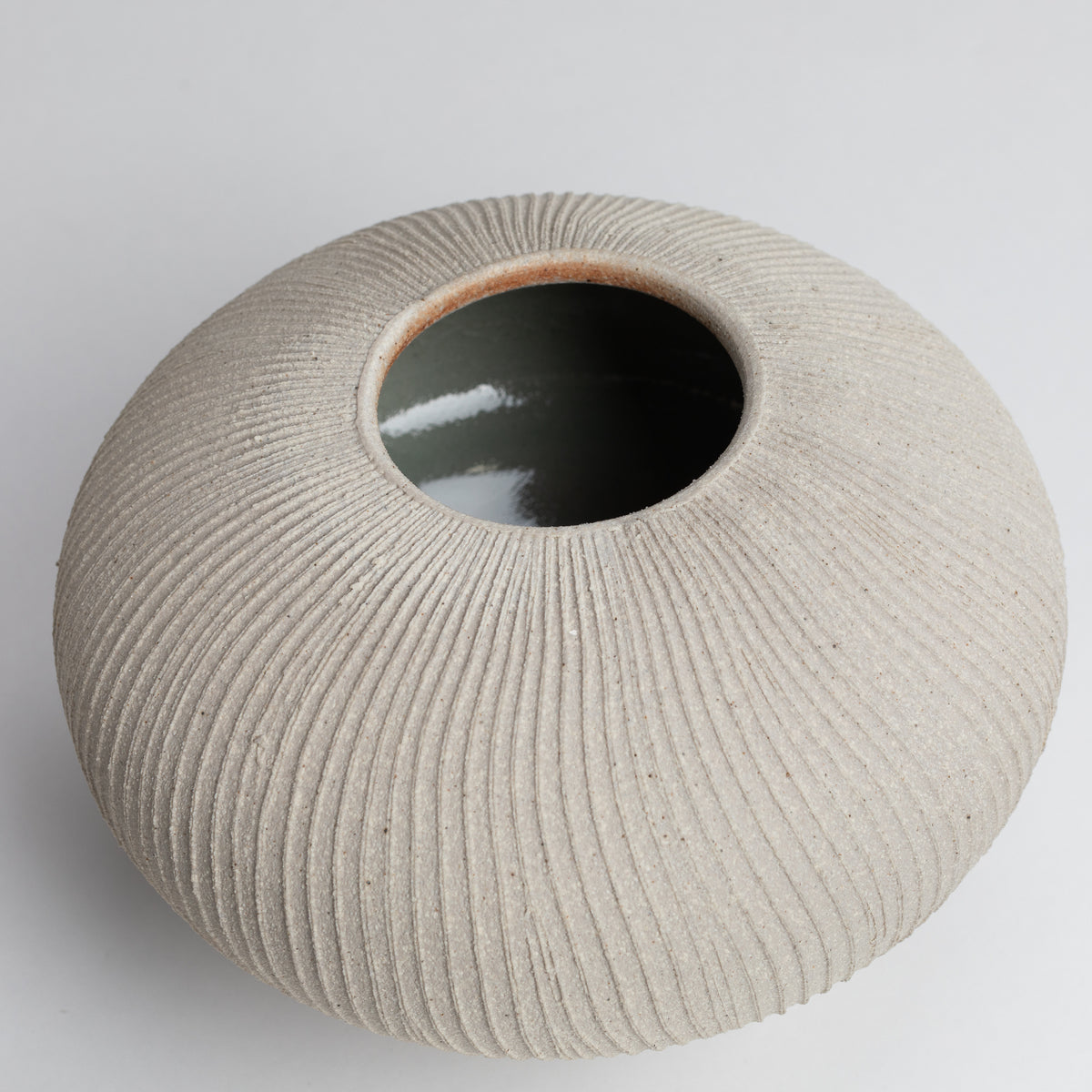 Load image into Gallery viewer, Fluted Vessel 01 Stone Medium