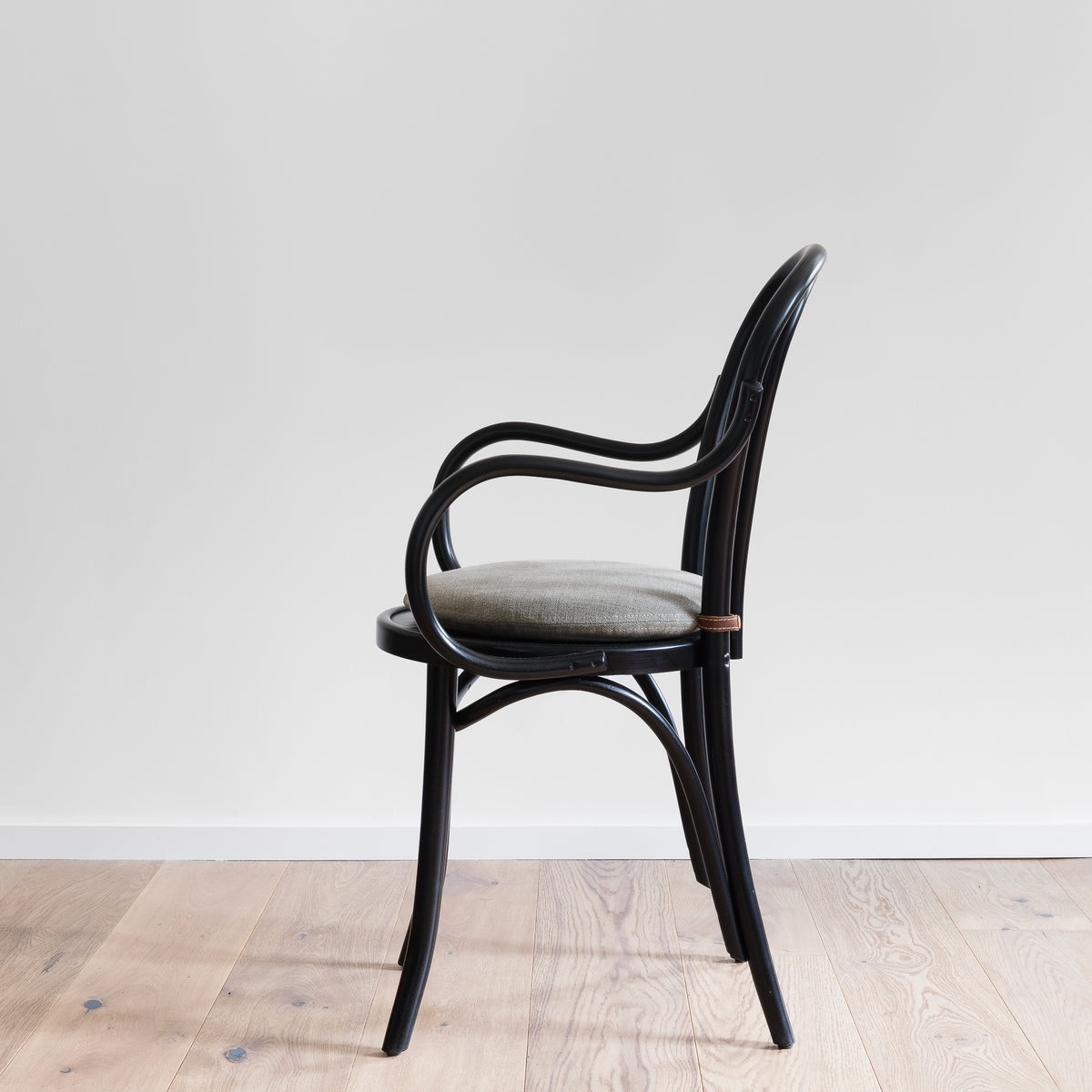 Load image into Gallery viewer, Bentwood Dining Chair - Furniture - Designer - Seating – Shoppe Amber Interiors