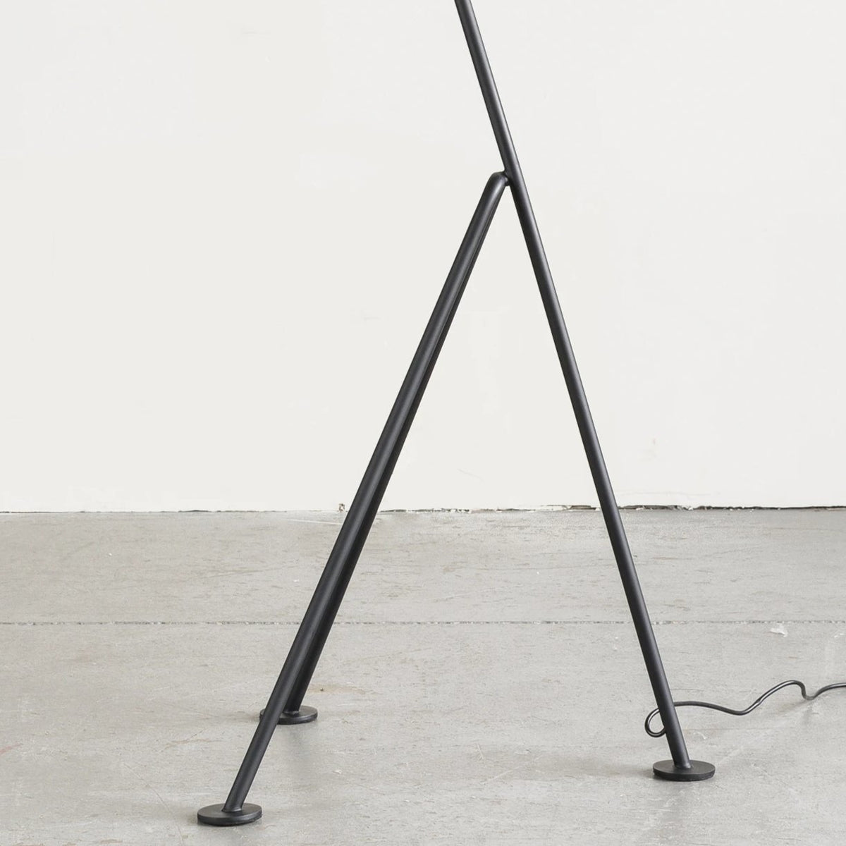Load image into Gallery viewer, Archer Floor Lamp - Furniture - Designer – Shoppe Amber Interiors