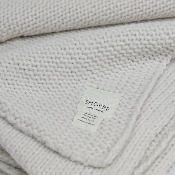 Sur Cable Knit Throw Oatmeal - Blankets – Shoppe Amber Interiors