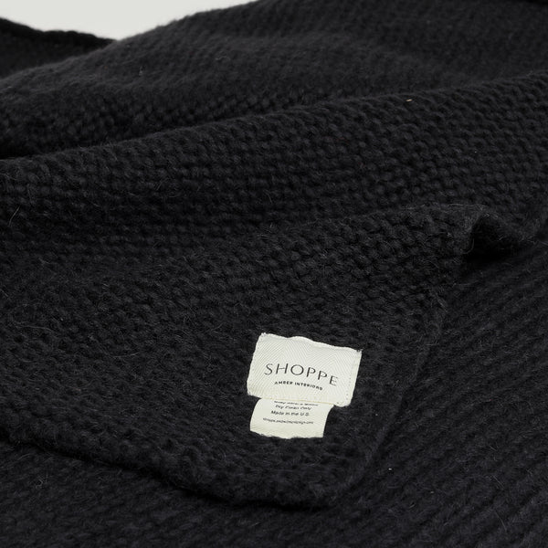 Sur Cable Knit Throw Black - Blankets – Shoppe Amber Interiors