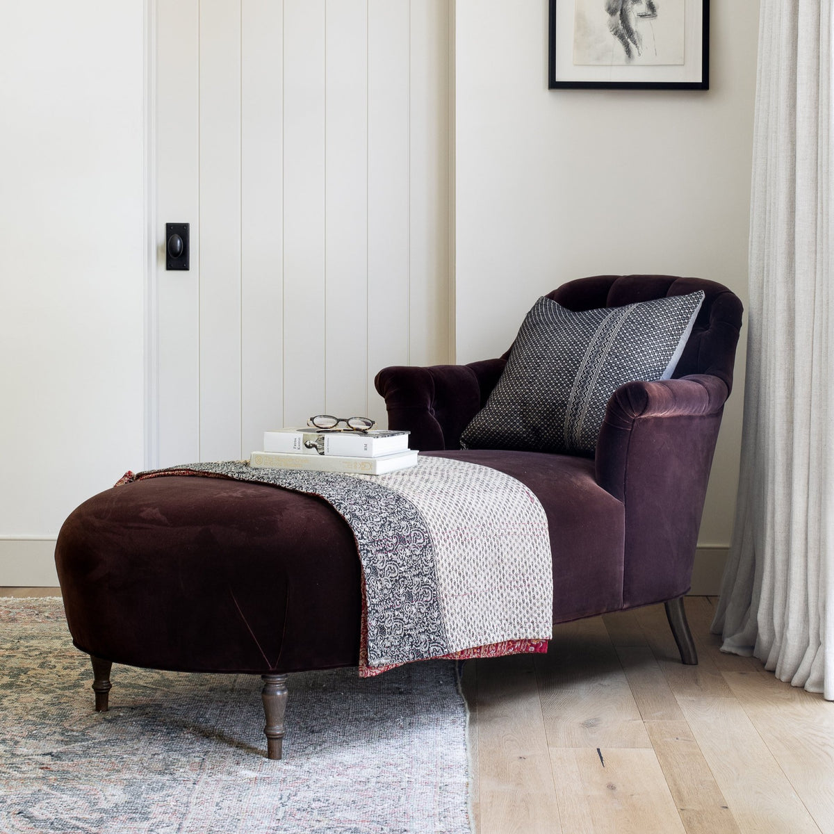 Load image into Gallery viewer, Milo Chaise -  – Shoppe Amber Interiors