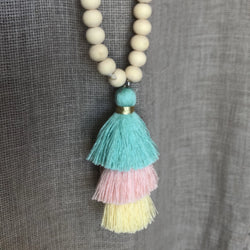 BEADED NECKLACES SHORT TASSLE GREEN/YELLOW