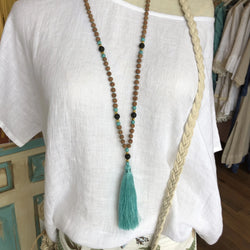SMALL SEED LONG TASSEL NECKLACE