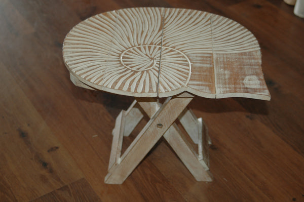 Shell Mini Foldable Table