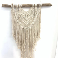 WALL DECOR MACRAME