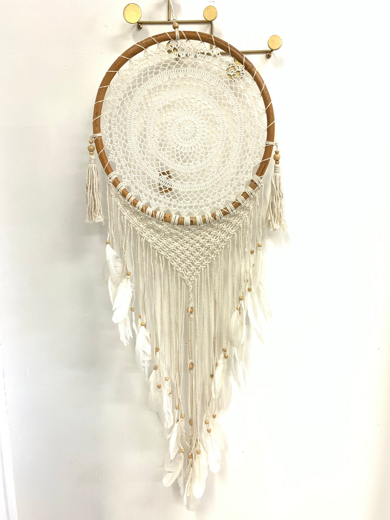 RATTAN FEATHER DREAM CATCHER