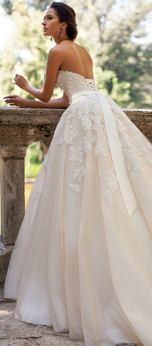 Appliqued Sweetheart Neck Wedding Dress with Belt - Mr. & Mrs. Tomorrow