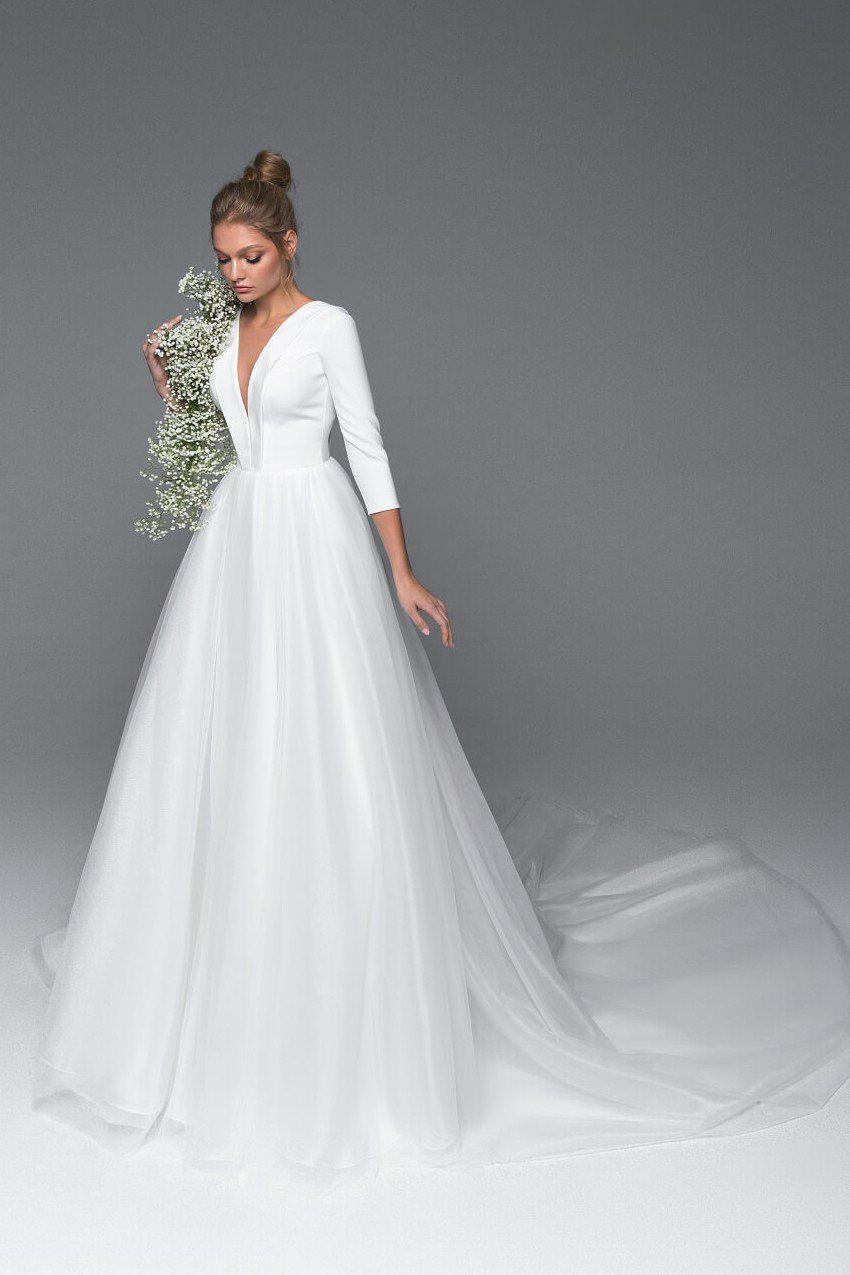 Chic Deep V-Neck and Backless Wedding Dress with Tulle Skirt - Mr. & Mrs. Tomorrow