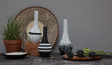 Load image into Gallery viewer, Black & white beaded decorative vase