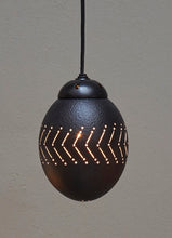 Load image into Gallery viewer, Black ostrich eggshell pendant light