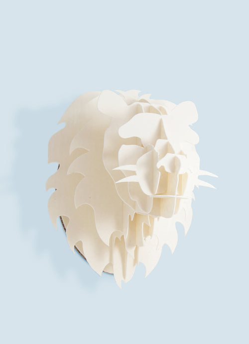 Small Lion head in paperboard wall mount