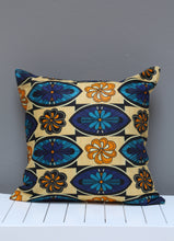 Load image into Gallery viewer, Mixed set of Shwe-shwe & Java print scatter cushions