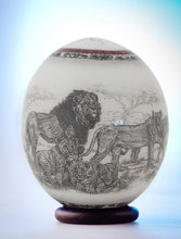 Load image into Gallery viewer, Lion decoupage ostrich eggshell