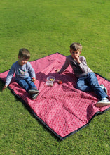 Load image into Gallery viewer, Red Shwe-shwe picnic blanket