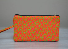 Load image into Gallery viewer, Orange and green African Shwe-shwe purse
