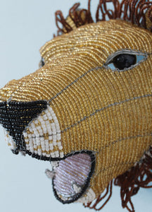 African lion wallpiece in beads and wire