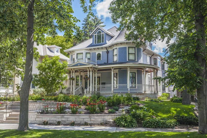 6 charming Victorian homes