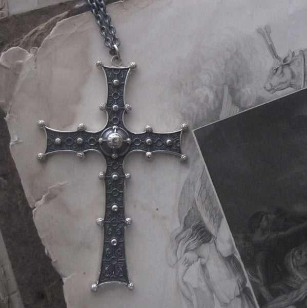 WDTS Sheffield Silver - Botonée Cross - Oxidised & Gold Finish