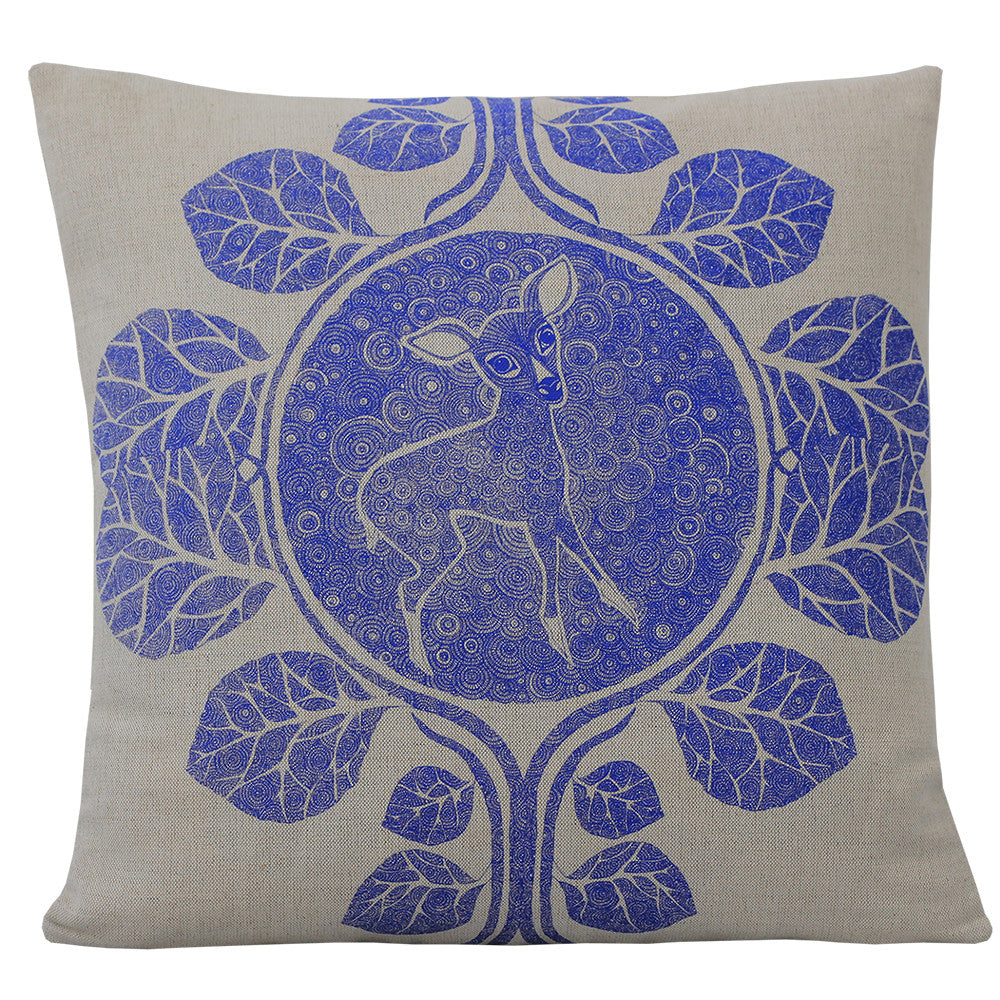 The Thorn Blue, Cushion
