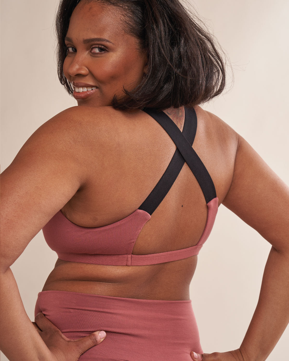 Niya Pullover Bra for Implants