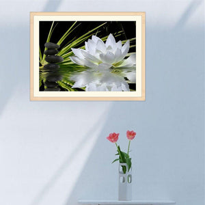 White Lotus - Partial Round Diamond - 40x30cm
