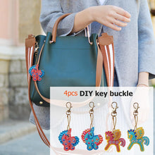 Load image into Gallery viewer, 4pcs Fly Horse Shape Keyring