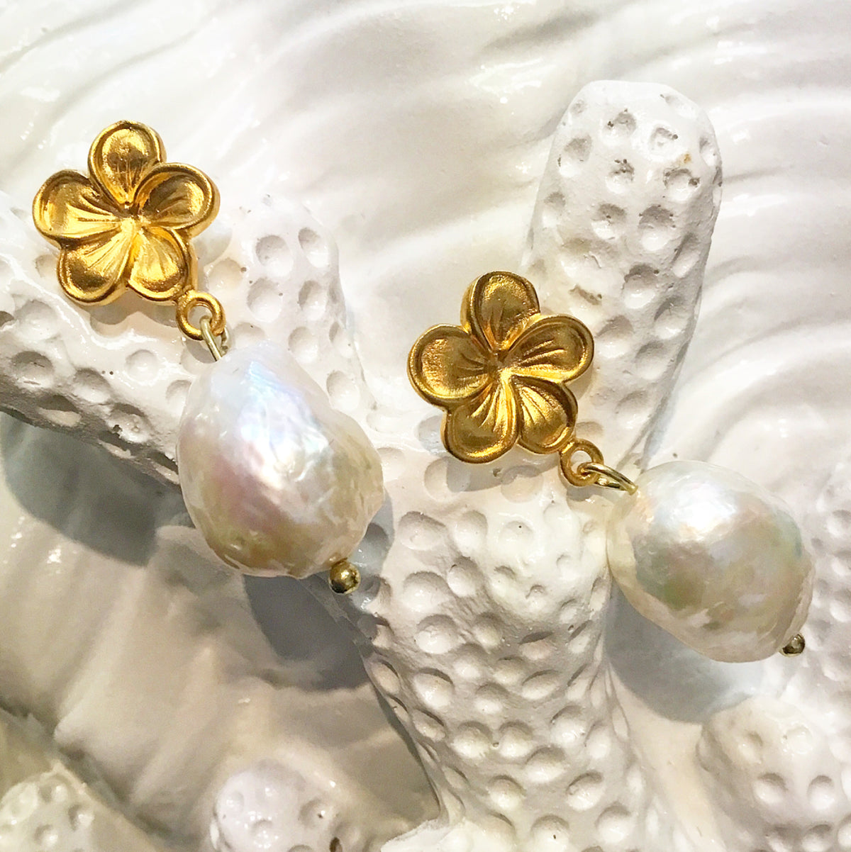 Living Ladylike: Gorgeous & New Teramasu Flower Post with Baroque Pearl Earrings