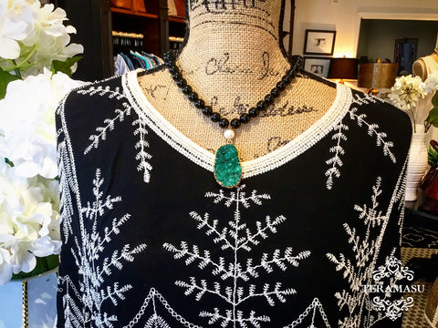 Chic Peek: Gorgeous, Handmade Designer Teramasu Black Onyx and Green Druzy Pendant with Pearl Necklace