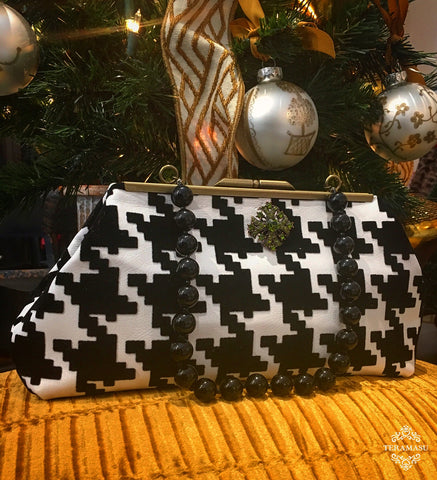 Teramasu Black and White Houndstooth Clutch Purse