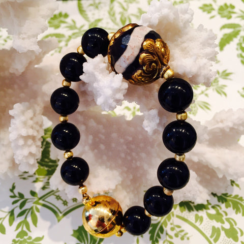 Black Onyx with Black and White Agate Magnetic Bracelet