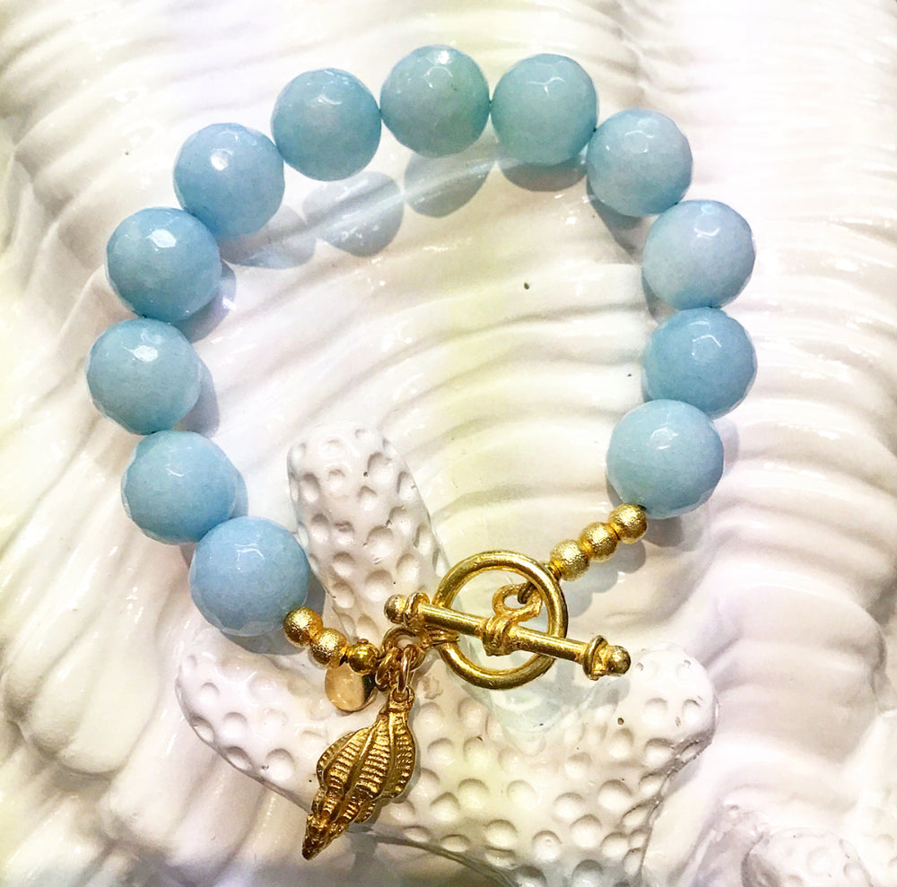 Teramasu Faceted Blue Jade Toggle Bracelet with Gold Shell Charm