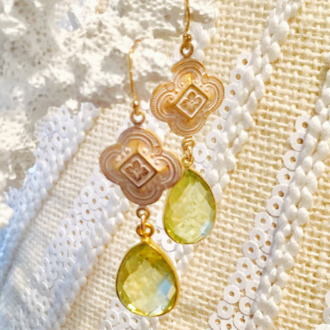Lemon Topaz Patina  Quatrefoil Design Dangle Earrings