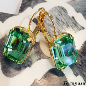 Teramasu  Green Peridot Crystal Earrings