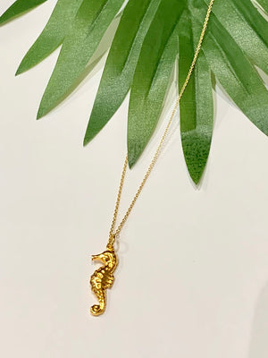 Teramasu Dainty Sea Horse Charm Necklace From The Coastal Collection of Teramasu