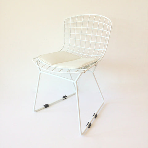 Kids bert chairs - white