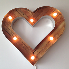 heart sign with bulbs