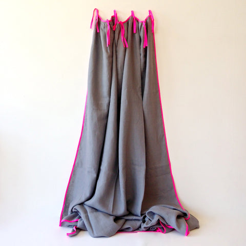 light grey linen curtain with pink fluo