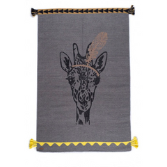Varanassi rug - Grey Giraffe with feather