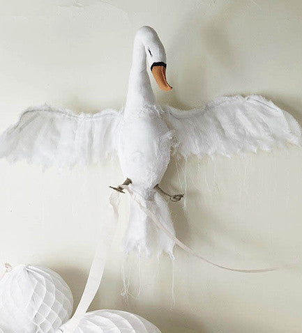 wall mounted white swan