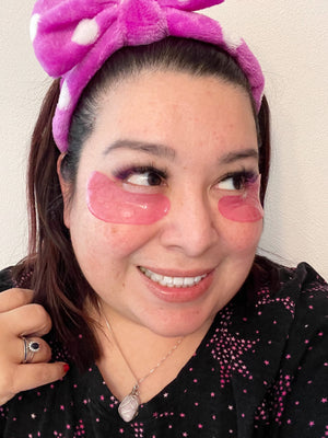 Elevate Esthetics Love Struck Eye Mask