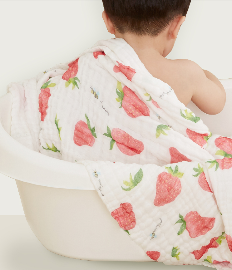 CLOUDS Ultra Plush Muslin Cotton Blanket/ Towel - Berry