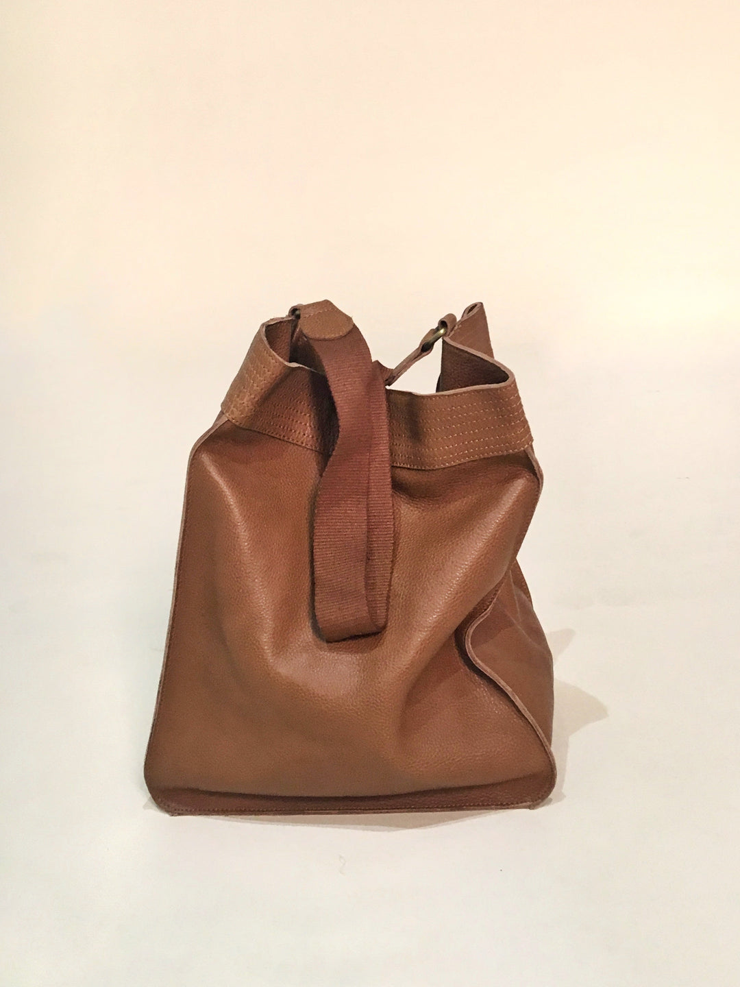 nomad leather slouch