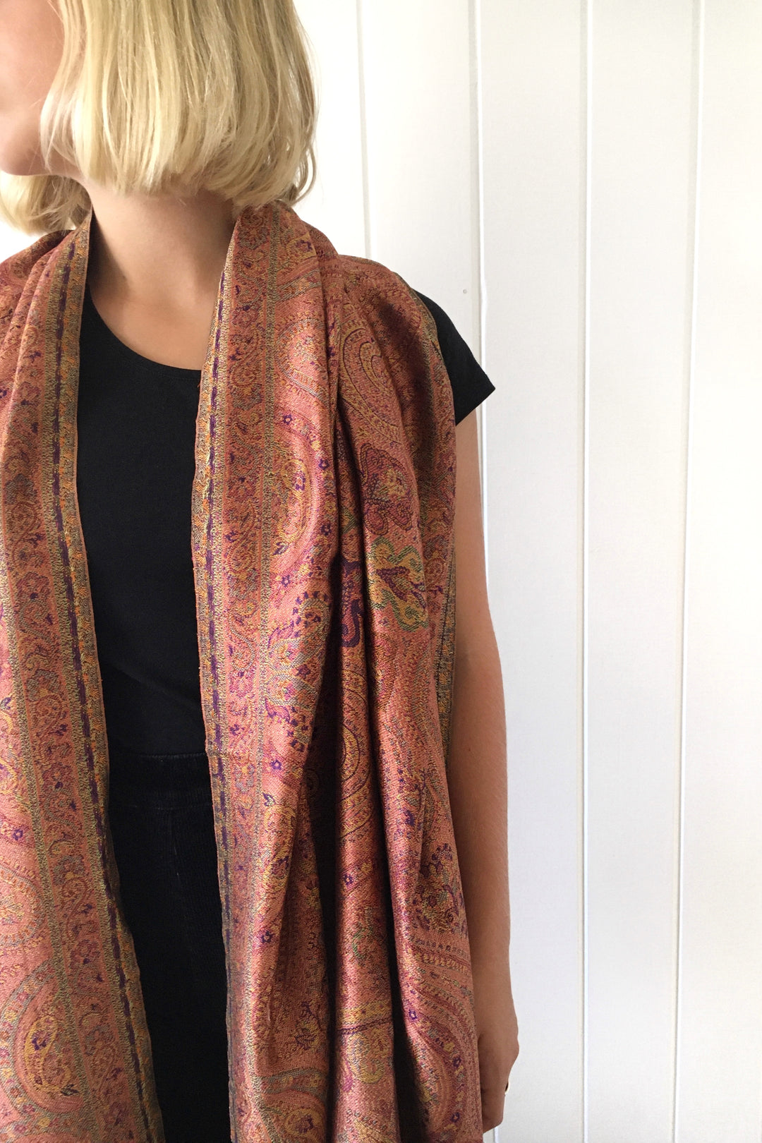 Adu silk reversible shawl