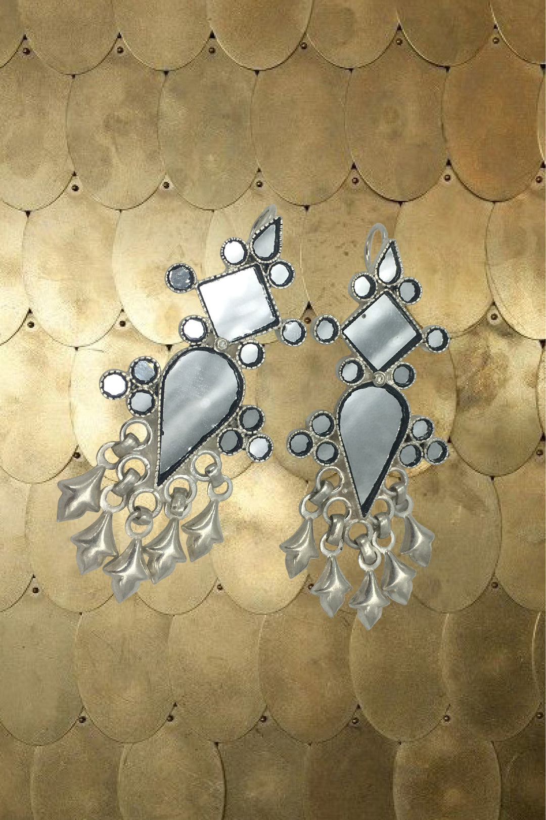 Udaipur nights silver drop earrings