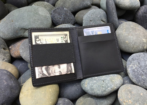 Snapback Slim Deluxe Bi-Fold Leather Wallet